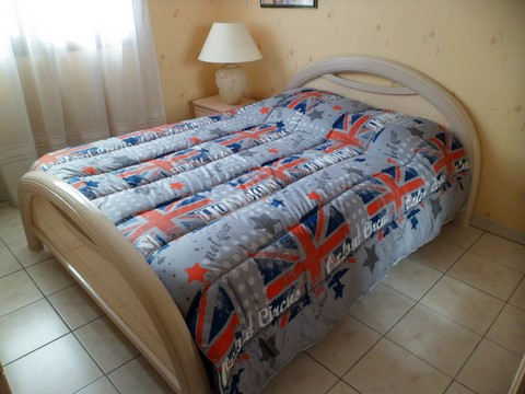 COUETTE LONDON ANGLETERRE